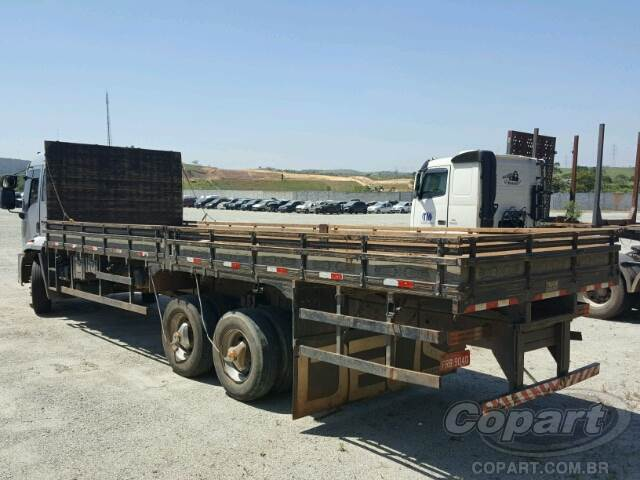 2013 Ford Cargo 2429